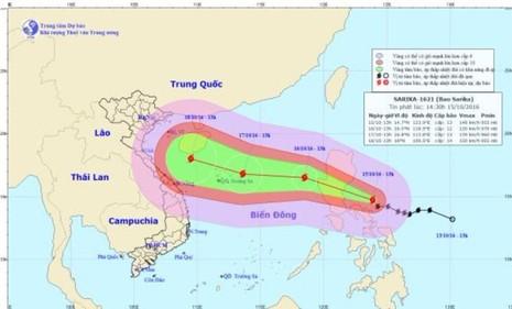 bão sarika tiến sát biển đông