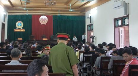Hoãn xử vụ sập giàn giáo ở Formosa làm 13 công nhân chết - ảnh 2