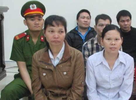 Nhẫn tâm bán con gái riêng của chồng sang Trung Quốc - ảnh 1