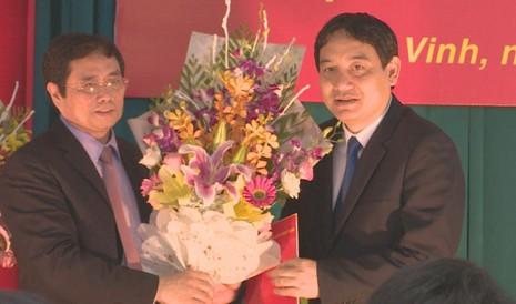 Ông Nguyễn Đắc Vinh giữ chức Bí thư Tỉnh ủy Nghệ An - ảnh 1