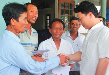 Chủ tịch tỉnh trẻ nhất nước tái đắc cử với phiếu tín nhiệm tuyệt đối - ảnh 1