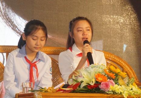 Em Nguyễn Anh Thư tâm sự, chia sẻ cùng các bạn và khán giả.