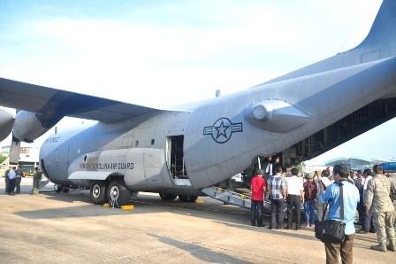 """Cận cảnh """"siêu vận tải"""" C-130H của không quân Mỹ tại sân bay Đà Nẵng - ảnh 5"""