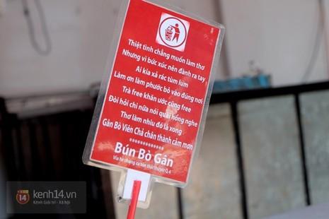 Quán bún bò gân 'bá đạo' nhất Sài Gòn thay bảng nội quy bằng... thơ - ảnh 3