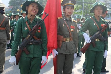Tổng duyệt diễu binh, diễu hành kỷ niệm 40 năm thống nhất đất nước - ảnh 4