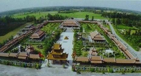 đại gia, cố đô Huế, Vinasuntaxi, vinasun, lập-nghiệp, tây-nam-bộ, Nam-Phương-Linh-Từ