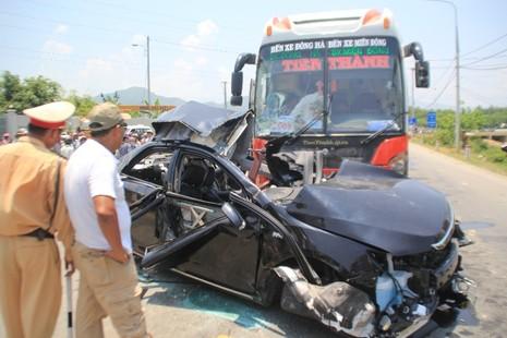 Hiện trường vụ tai nạn thảm khốc ở Đà Nẵng - ảnh 2