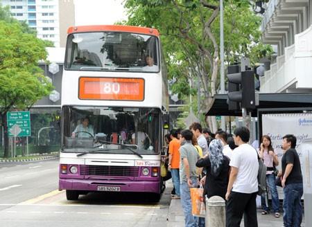 Khi Singapore xảy ra tai nạn giao thông vì xe buýt - ảnh 1