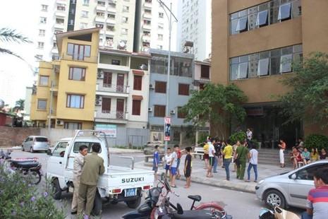 Hà Nội: Một phụ nữ tử vong khi rơi từ tầng 29 xuống đất - ảnh 1