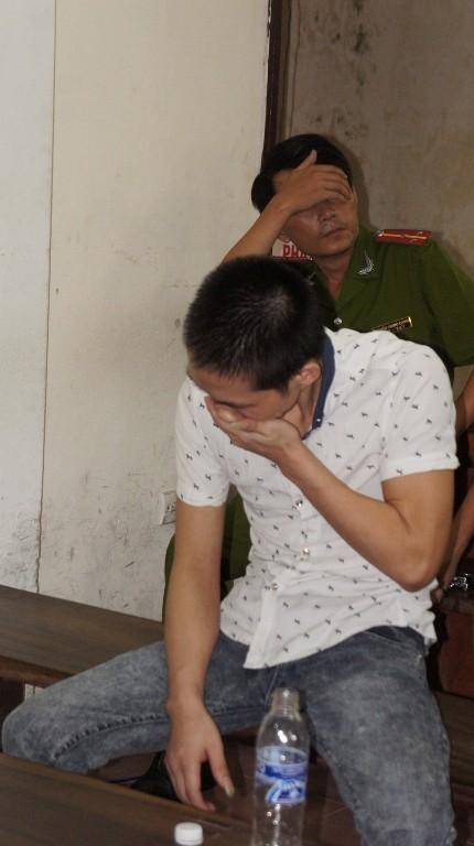 Xét xử vụ gài mìn xe khách: Thương tâm nạn nhân bị mù 2 mắt, cụt 2 tay - ảnh 2