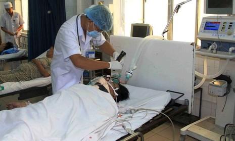 Vụ sập giàn giáo ở Hậu Giang: Thêm một công nhân tử vong - ảnh 1