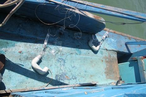 Tàu cá Bình Định bị tàu vũ trang Trung Quốc tấn công - ảnh 6