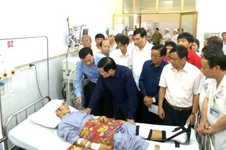Chủ tịch nước Trương Tấn Sang: 'Không để dân bị đói trong mưa lũ' - ảnh 1