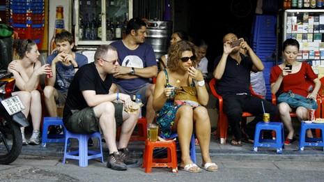 Quy định mới về quản lý người nước ngoài cư trú tại Việt Nam - ảnh 1