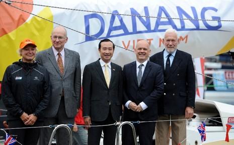 Đặt tên thuyền buồm Đà Nẵng-Việt Nam tại London  - ảnh 4