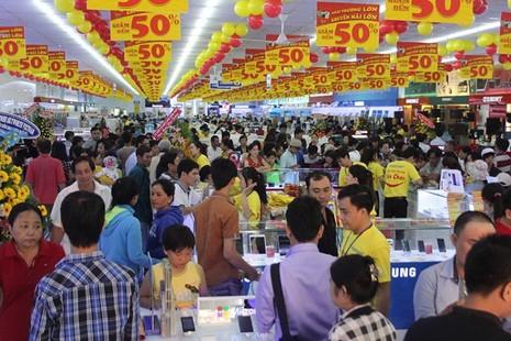 Hội chợ các sản phẩm công nghệ cao tại Crescent Mall - ảnh 1