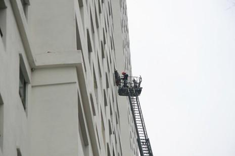 Hà Nội: Cháy lớn tại chung cư hàng chục tầng  - ảnh 5