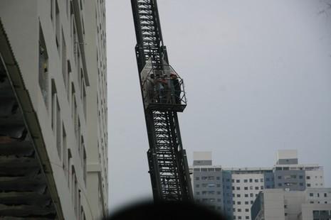 Hà Nội: Cháy lớn tại chung cư hàng chục tầng  - ảnh 6