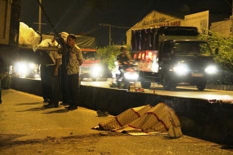 Va chạm với xe chở tôn, nam thanh niên bị tử vong - ảnh 2