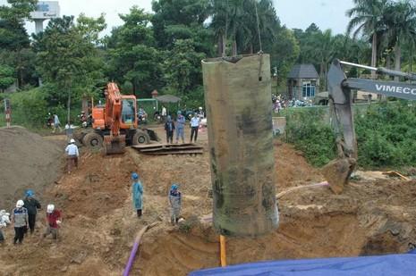 Đường ống nước sông Đà lại gặp sự cố - ảnh 2