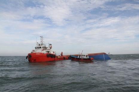 Chìm tàu Hoàng Phúc 18: Sóng lớn, công việc cứu hộ gặp khó khăn - ảnh 3
