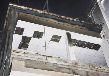 Rơi từ giàn giáo 10 m, ba công nhân chết và bị thương - ảnh 2