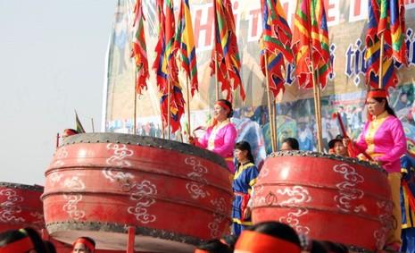 Khai hội 'Vua' xuống ruộng làm lễ Tịch điền - ảnh 10