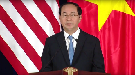 Tổng thống Obama công bố gỡ bỏ cấm vận vũ khí đối với Việt Nam  - ảnh 10