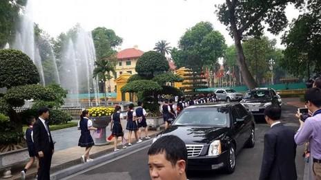 Tổng thống Obama công bố gỡ bỏ cấm vận vũ khí đối với Việt Nam  - ảnh 27