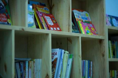 Thư viện sách miễn phí của một người mẹ trẻ - ảnh 2