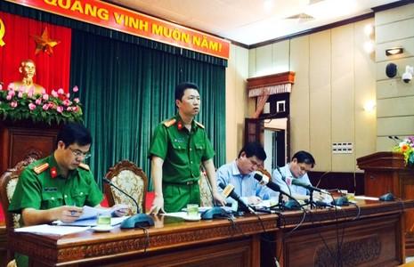Thượng tá Lê Huy, Phó trưởng phòng CSHS, CAHN thông tin về tình hình phòng chống tệ nạn mại dâm vào chiều 28-6
