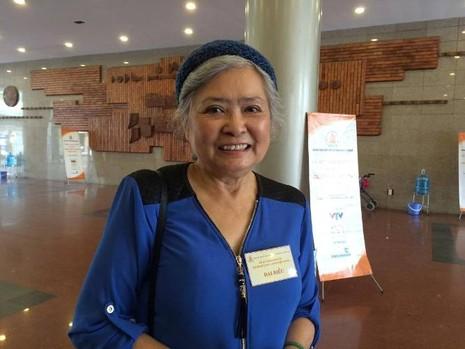 Bà Trần Tố Nga – người khởi kiện các công ty sản xuất hóa chất Mỹ - tham dự Mít tinh kỷ niệm tại Hà Nội.