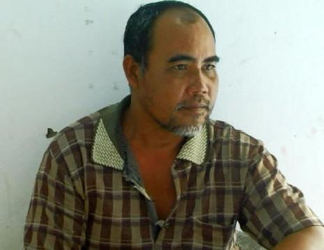 Thạch Hoi (53 tuổi, ở Bạc Liêu) được cho là dùng chân đạp vào ngực ông Phụng khiến nạn nhân tử vong