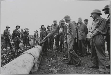 Gặp người chụp 250 bức ảnh Fidel Castro tại Việt Nam  - ảnh 8