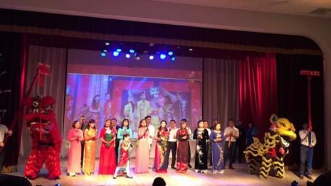 Xuân quê hương yêu thương - Tết Việt đầu tiên ở Nga - ảnh 8