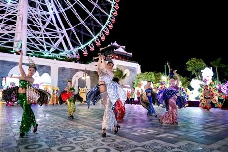 Khoảnh khắc không nên bỏ lỡ tại Lễ hội đèn lồng Asia Park - ảnh 2