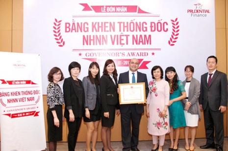 Tài chính Prudential nhận bằng khen của Thống đốc NHNN - ảnh 1