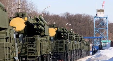 Nga triển khai hàng loạt vũ khí khủng đến Bắc cực - ảnh 1