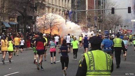 Nghi phạm vụ nổ bom ở Boston muốn 'trừng phạt nước Mỹ' - ảnh 2