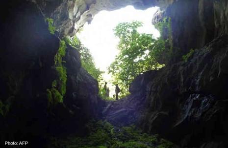 Sống trong hang động suốt 3 năm - ảnh 1