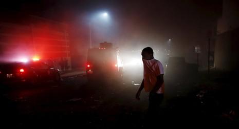 Mỹ tuyên bố tình trạng khẩn cấp vì 'bão' bạo động  - ảnh 2