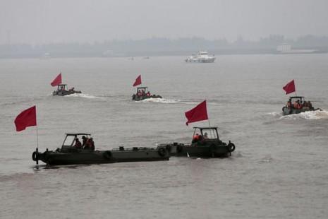 Trung Quốc vớt tàu chìm, không nạn nhân nào sống sót - ảnh 1