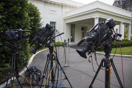 Nhà Trắng sơ tán vì bị tung tin đe dọa đánh bom - ảnh 2