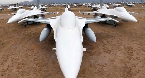 Mỹ nâng cấp máy bay chiến đấu F-16 - ảnh 1