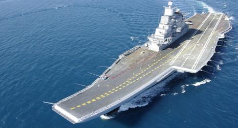 Nga là đối tác thích hợp nhất cho Ấn Độ xây dựng tàu sân bay - ảnh 1