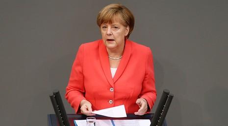 IS đe dọa trả thù Thủ tướng Đức Angela Merkel  - ảnh 1