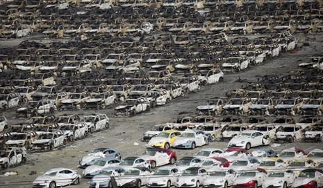 'Choáng' về số xe bị hư hỏng sau vụ nổ Thiên Tân - ảnh 1