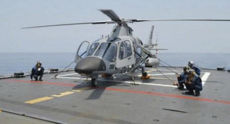 Philippines triển khai trực thăng vũ trang trên tàu khu trục - ảnh 1