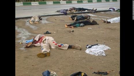 Năm vụ đánh bom tự sát liên tiếp giết chết 34 người - ảnh 1