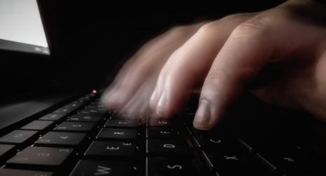 Tin tặc đe dọa công bố thông tin nhạy cảm giám đốc CIA  - ảnh 1